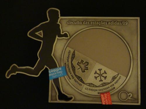 Porta-mandala com medalhas das etapas Outono e Inverno